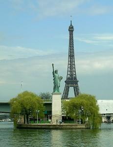 Statue_Liberte_ile_aux_Cygnes_t.800